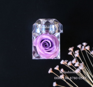 Preserved rose in Crystal Ring Box-04